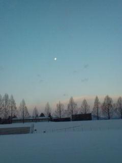 雲間からの初日の出。